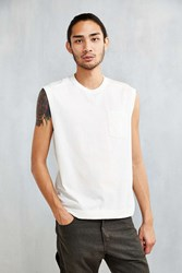 Feathers Field Muscle Tee Ivory