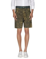 Gaudi' Trousers Bermuda Shorts Men Military Green