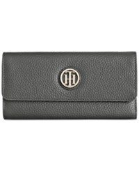 Tommy Hilfiger Lucky Charm Pebble Leather Large Flap Wallet Black