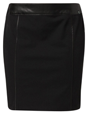 Betty Barclay Pencil Skirt Black
