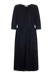 Havren Hannah Pleated Dress Black