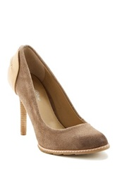 Kenneth Cole Reaction Hum Away Pump Beige
