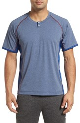Robert Graham Men's Ezra Athletic T Shirt