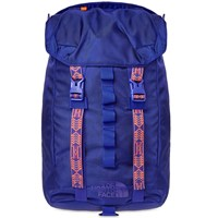 The North Face Lineage 23L Rucksack Blue