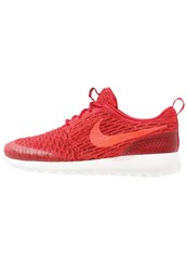 Nike Sportswear Roshe One Flyknit Trainers Gym Red Bright Crimson Team Red Sail
