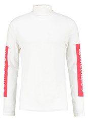Your Turn Long Sleeved Top White
