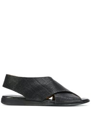 Moma Criss Cross Strap Sandals Black