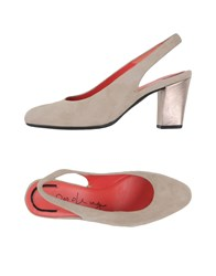 Pas De Rouge Footwear Courts Women Beige