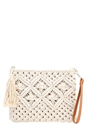Buffalo Clutch Cream Beige