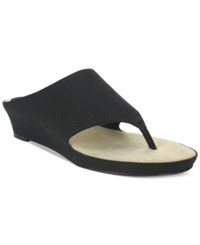 Tahari Mindy Wedge Thong Sandals Women's Shoes Black Lizard