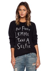 Local Celebrity Selfie Bobbi Sweatshirt Black