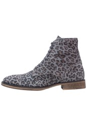 Sneaky Steve Conway Laceup Boots Light Brown
