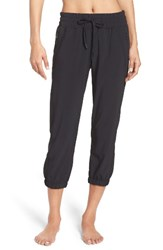 Zella Women's 'Out And About' Crop Joggers