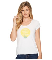 Life Is Good Outdoors Makes Me Happy Smooth Scoop Tee Cloud White T Shirt