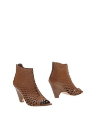Bryan Blake Ankle Boots Brown