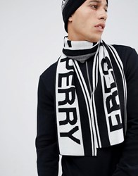 Fred Perry Logo Scarf In Black