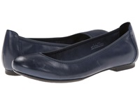 Born Julianne Navy Women's Flat Shoes