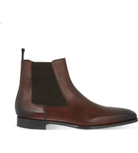 Magnanni Leather Chelsea Boots Brown