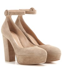 Gianvito Rossi Sherry Suede Pumps Beige
