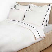 Lexington Sateen White Duvet Cover With Blue Star Frame King