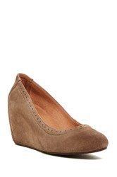 Chocolat Blu Java Wedge Heel Beige