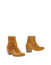 Primabase Ankle Boots Ocher