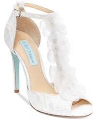Blue By Betsey Johnson Sadie Tulle Floral Evening Sandals Women's Shoes Ivory