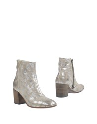 Alexander Hotto Ankle Boots Beige