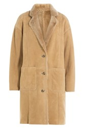 Closed Shearling Coat Camel