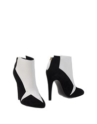 Aperlai Ankle Boots White