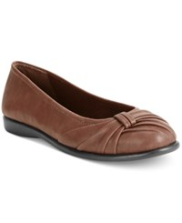 Easy Street Shoes Giddy Flats Tan