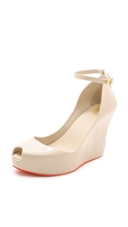 Melissa Patchuli Wedge Pumps Beige Red