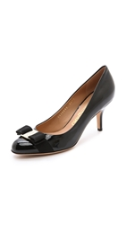 Salvatore Ferragamo Carla Round Toe Pumps Nero