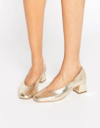 Carvela Antidote Gold Leather Mid Heeled Shoes Gold