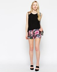 Max C Tailored Shorts In Rose Print Multi