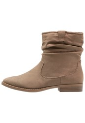 Dorothy Perkins Marlin Boots Taupe