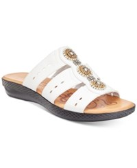 Easy Street Shoes Nori Sandals Women's White