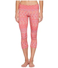 Onzie Capri Pants Dusk Black Women's Casual Pants Pink