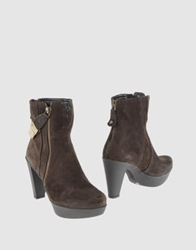 Mare Ankle Boots Dark Brown