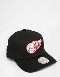 Mitchell And Ness Detroit Redwings Felt Slouch Snapback Cap Black