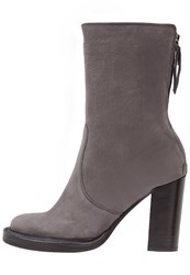 Kennel Schmenger Kerry High Heeled Ankle Boots Grey Nevada