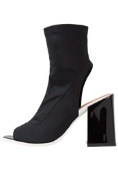Won Hundred Hester Boots Black