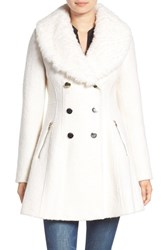 Guess Women's Boucle Fit And Flare Coat With Faux Fur Collar White