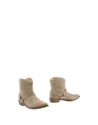 Mr. Wolf Ankle Boots Beige