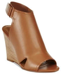 Report Columba Slingback Wedge Sandals Women's Shoes Tan