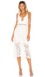 Saylor Ren Dress In White.
