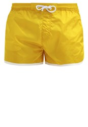 Pantone Shorts Empire Yellow