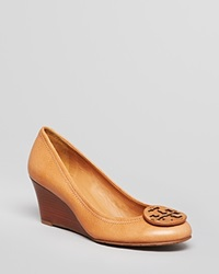 Tory Burch Wedge Pumps Sally Closed Toe Royal Tan