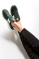 New Balance 420 Running Sneaker Green