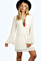 Boohoo 70'S Bell Sleeve Woven Shift Dress Cream